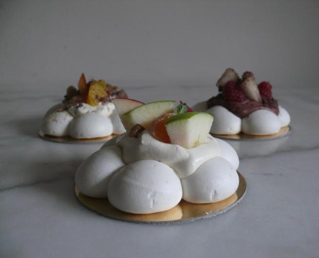 La meringaie / Assortiment pavlovas - Miss Karu Little Sweets