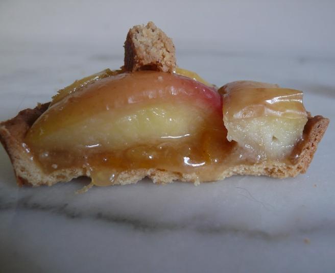 Laurent Favre Mot / Pomme catin (2) - Miss Karu Little Sweets